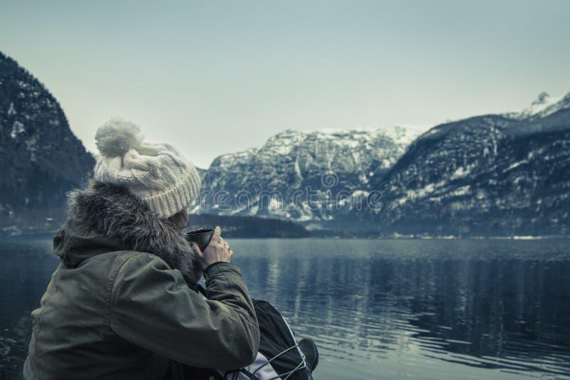 Vintersikten av Hallstatter ser royaltyfria bilder