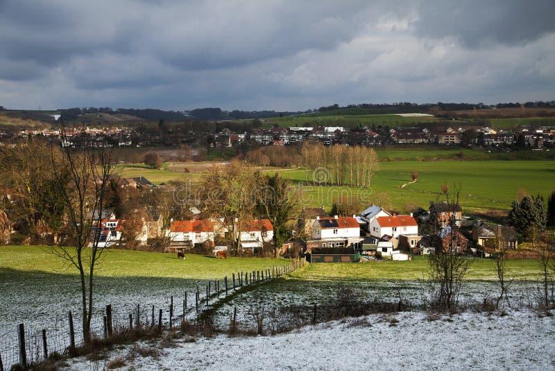 Vintertid på jordbruksmarken från Stokhem arkivfoto