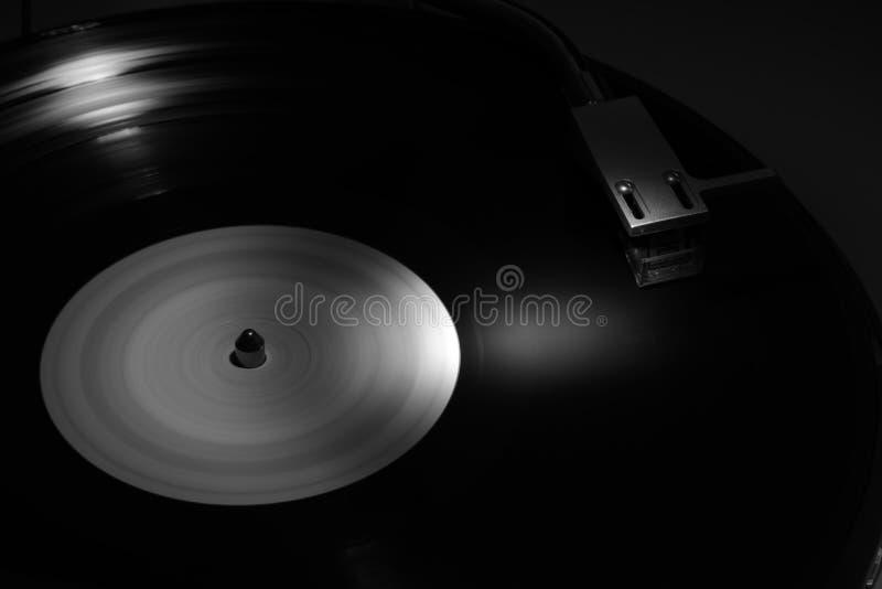 Vinyl op draailijst, wijnoogst stock foto