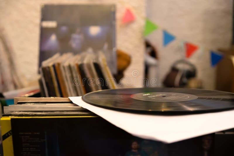 Vinylrekord - lager - musik arkivfoto