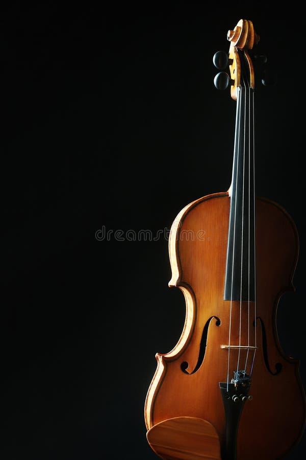 Violín de los instrumentos de música clásica imagen de archivo