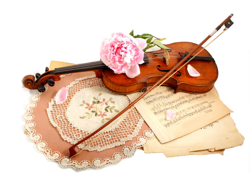 Violín, notas y peon antiguos imagen de archivo libre de regalías