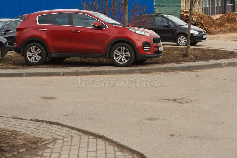 Violação de estacionamento em uma cidade grande fotografia de stock