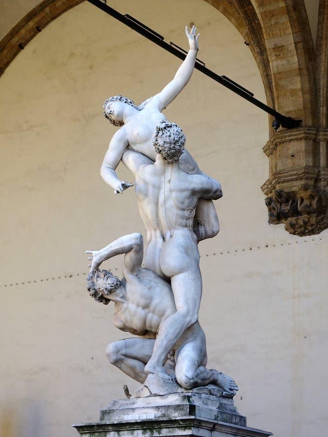 Violação de Sabine Women Statue, dei Lanzi de Logia, Florença, Itália imagem de stock