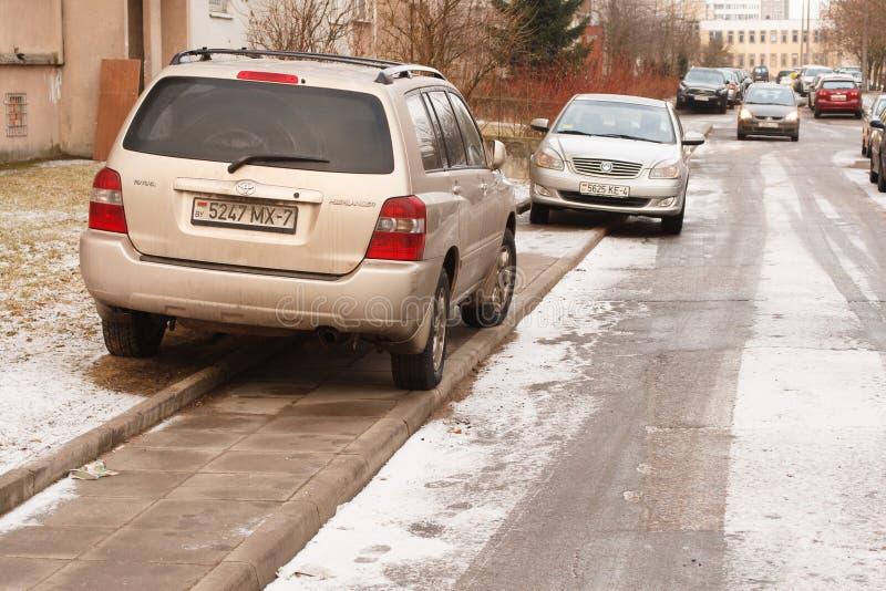 Violação do estacionamento uma cidade grande foto de stock royalty free