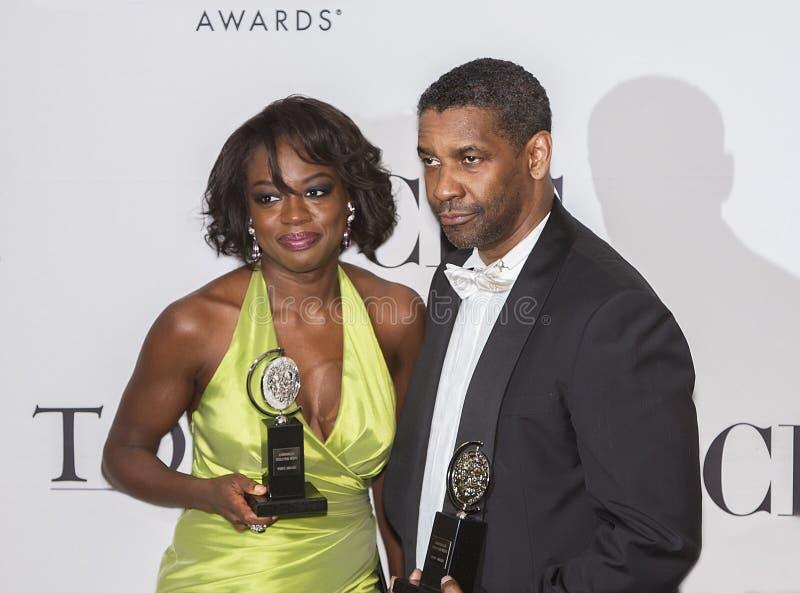 Viola Davis et Denzel Washington Big Winners chez soixante-quatrième Tonys en 2010 images libres de droits