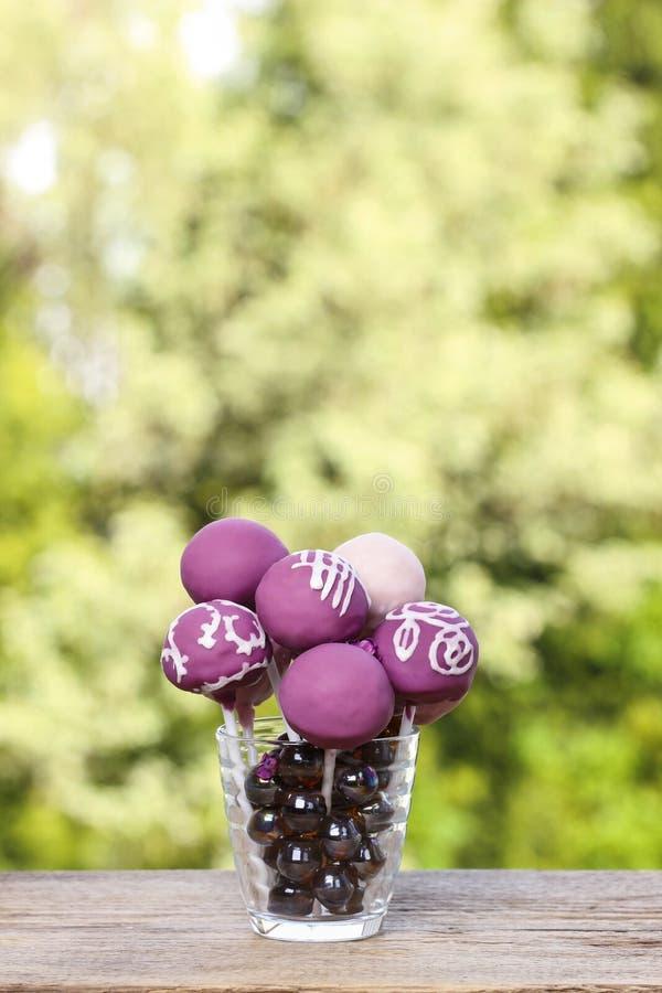 Viola e schiocchi lilla del dolce fotografie stock