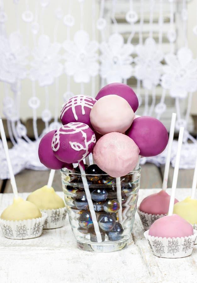Viola, lillà e schiocchi rosa del dolce fotografia stock