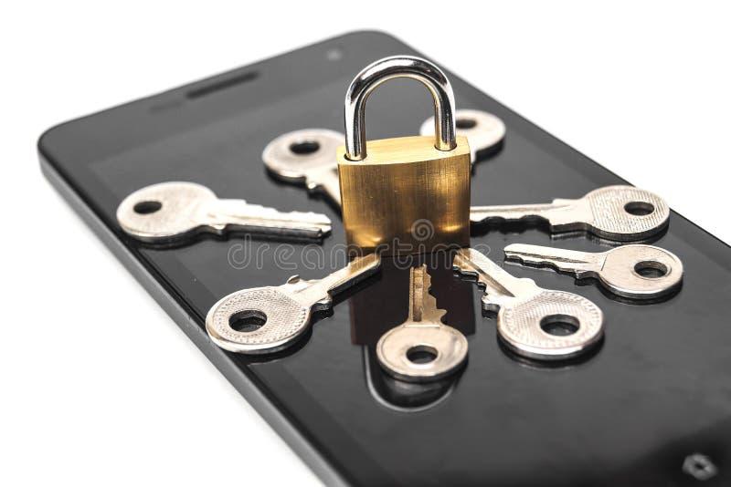 Violation de la sécurité de Smartphone photo libre de droits