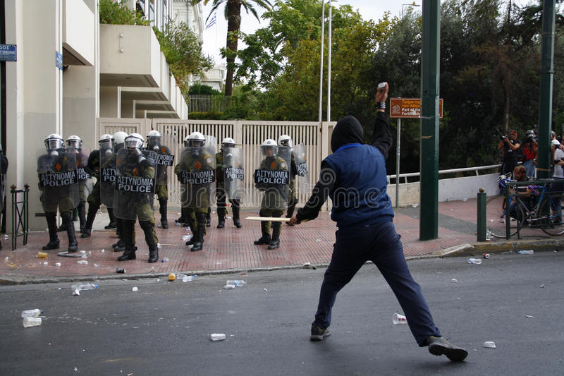 Download Violent Clashes During Merkel Visit In Athens Editorial Photo - Image: 27042201