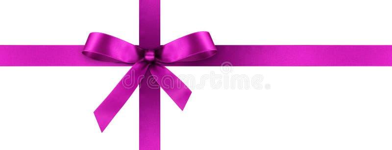Violet Satin Gift Ribbon avec l'arc décoratif - bannière de panorama photographie stock libre de droits
