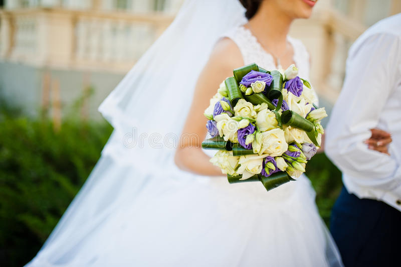 Violet Wedding Bouquet image stock