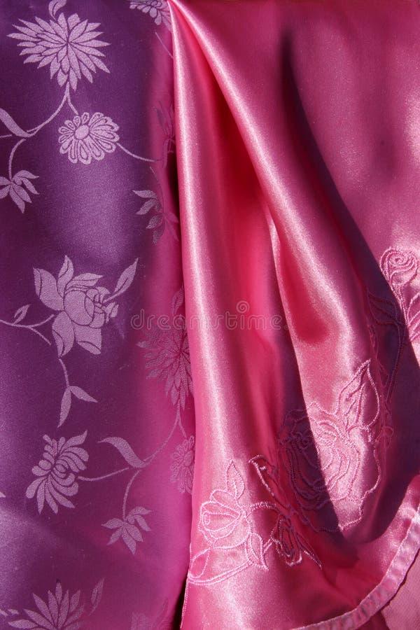 Violette en Roze Zijdeachtige Stof royalty-vrije stock fotografie