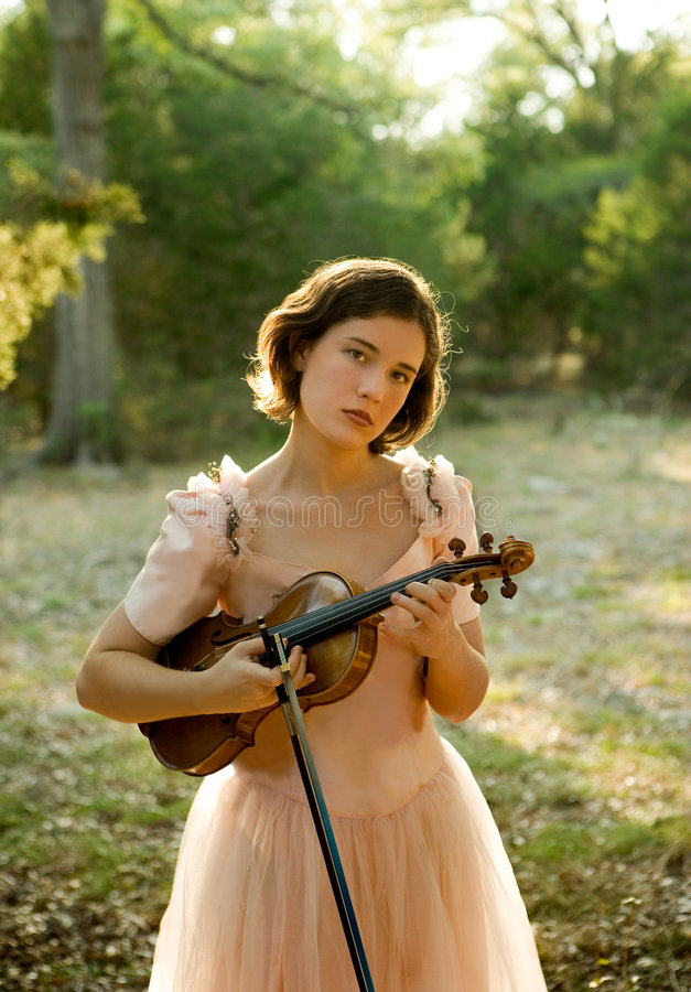 Violinen-Mädchen lizenzfreies stockbild