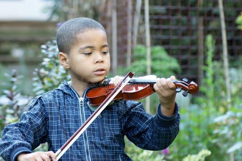 Violinista del bambino fotografia stock