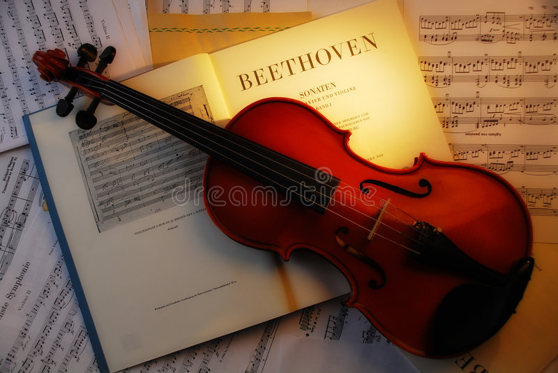 VIOLINO (Beethoven 4) fotos de stock royalty free