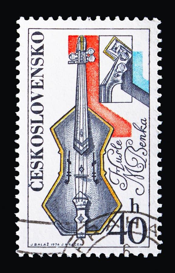 Violino, da Martin Benka, serie degli strumenti musicali, circa 1974 fotografie stock