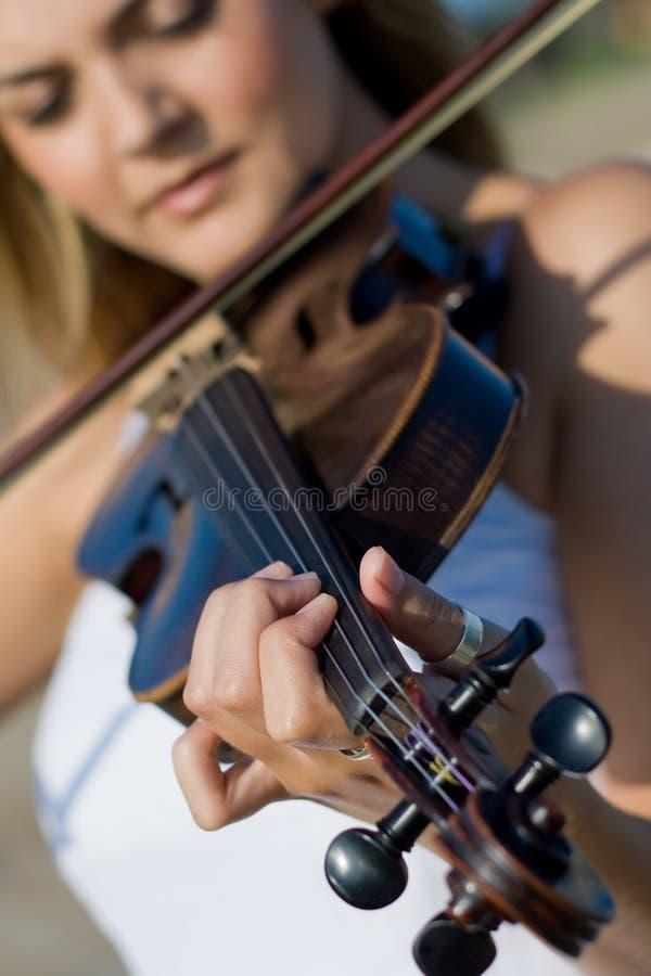 violino del giocatore immagine stock libera da diritti