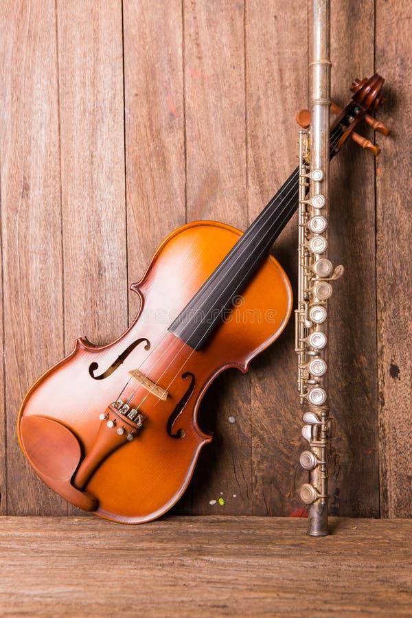 Violino e flauta imagem de stock royalty free