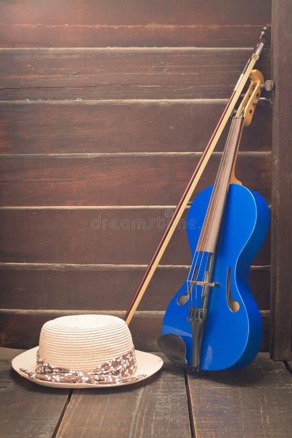 Violino moderno imagem de stock