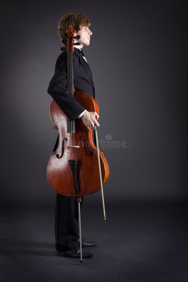 Violoncelista y violoncelo fotos de archivo libres de regalías
