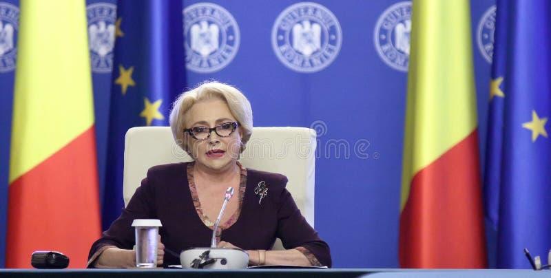 Viorica Dancila - overheidsvergadering - Roemeense politiek stock afbeeldingen