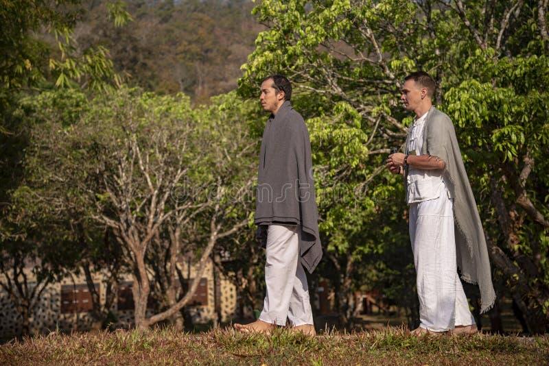 Vipassana i klostret Thailand Chiang Mai city royaltyfri foto