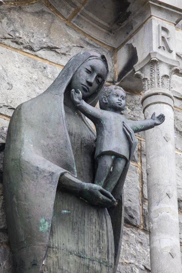 Virgem Maria e Jesus Christ na catedral de Galway imagem de stock royalty free