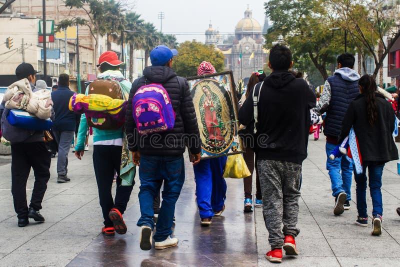 Virgen de Guadalupe, basílica de Peregrinos de nuestra señora de Guadalupe Mexico City foto de archivo libre de regalías
