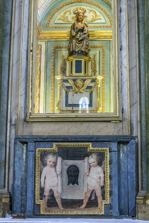 Virgen DE La Antigua die het Heilige kind voedt, die van dateren stock fotografie