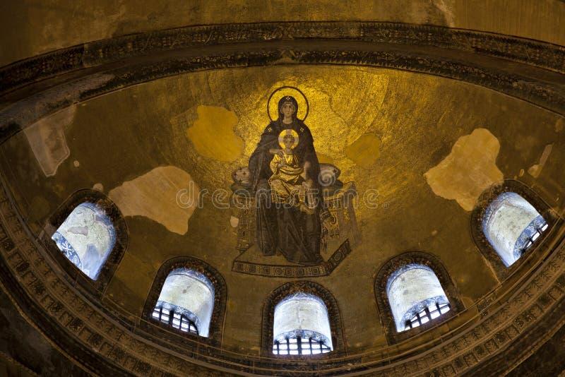 Virgen Maria y niño Cristo, el mosaico del Apse imágenes de archivo libres de regalías