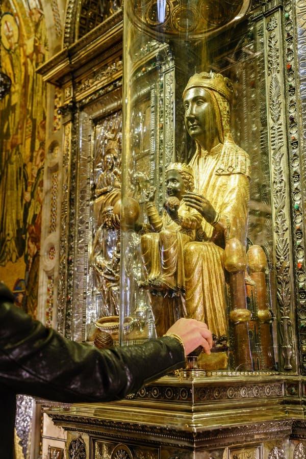 Virgin του Μοντσερράτ στη βασιλική στοκ εικόνες