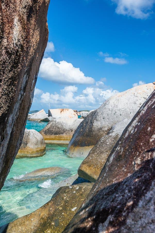 Virgin Gorda, Britische Jungferninseln in den Bädern stockbild