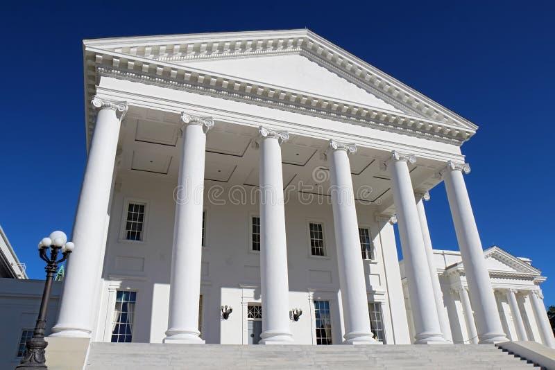 Virginia capitolbyggnad i Richmond royaltyfri fotografi