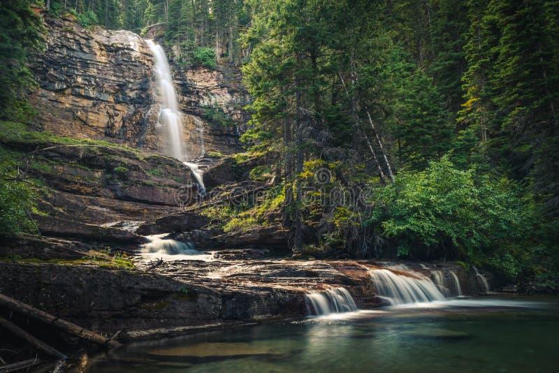 Virginia Falls, parque nacional de geleira, Montana, EUA foto de stock