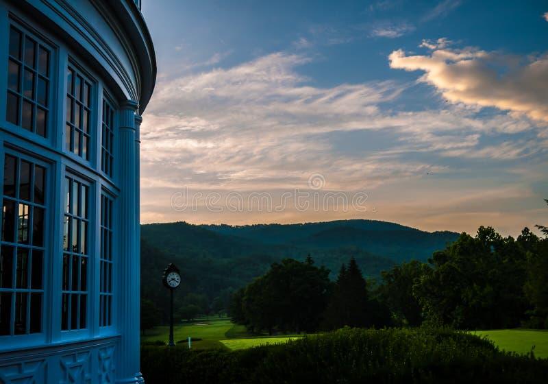 Virginia Occidental colonial en el amanecer fotografía de archivo libre de regalías