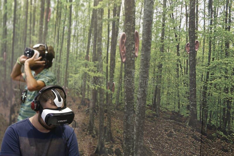 Virtuell verklighetapparater royaltyfria bilder