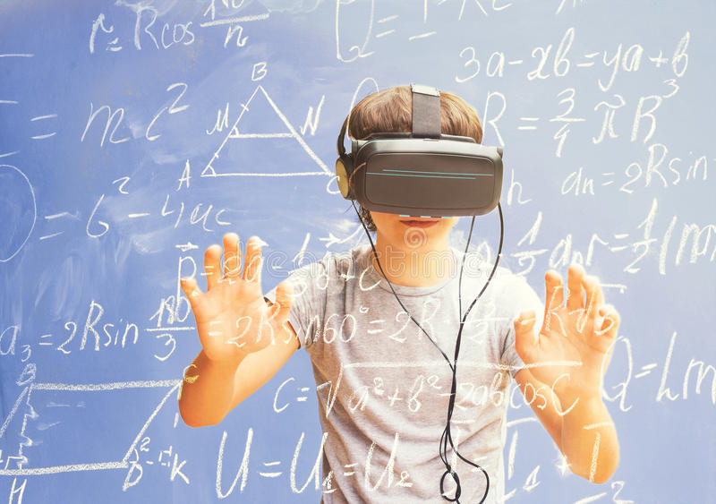 Virtuelles Lernkonzept lizenzfreie stockfotografie