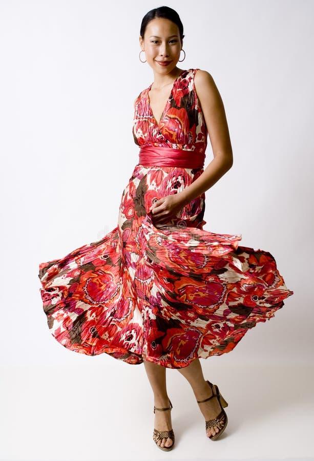 Virvel klänning arkivbilder