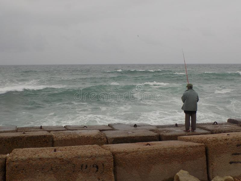 Virvlande runt vågor fotografering för bildbyråer