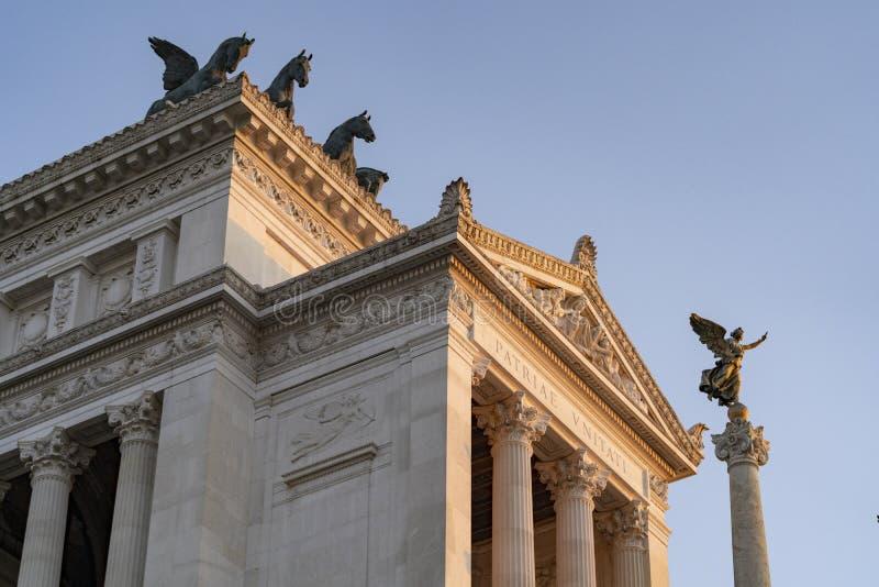 Visão de Vittorio Emanuelle Monument em Piazza Venezia fotos de stock