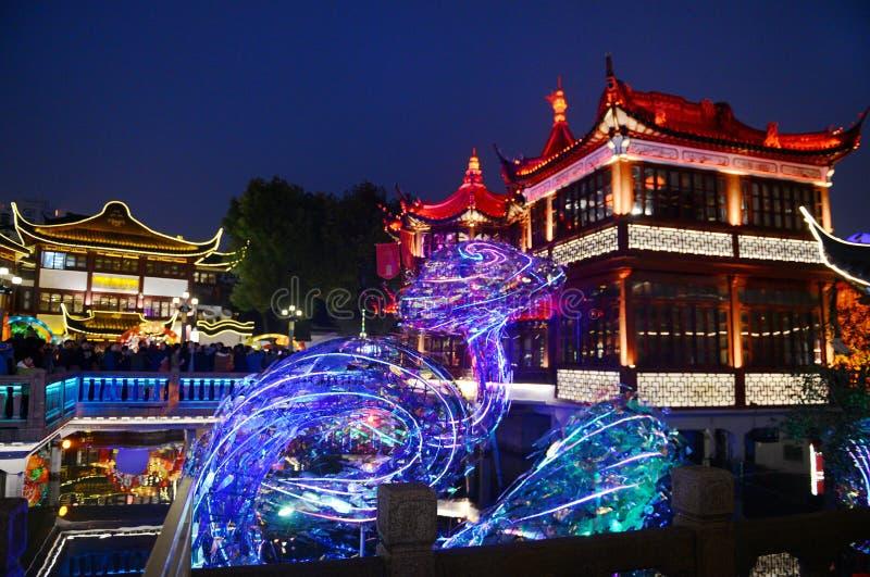 Visão noturna de Yuyuan imagens de stock
