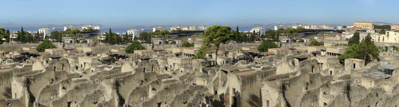 Visão panorâmica das ruínas romanas antigas de Herculaneum imagens de stock royalty free