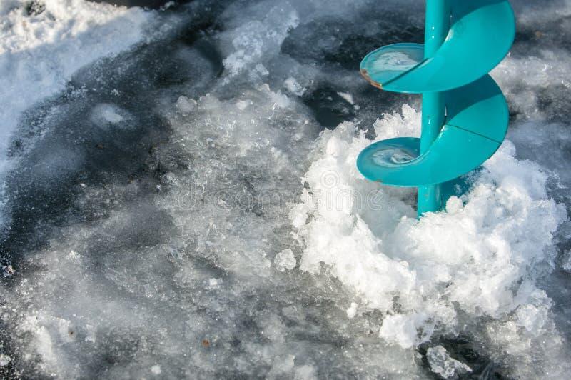 vis de glace pour la pêche photos libres de droits