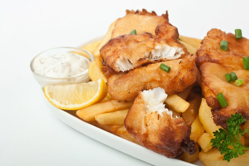 Vis met patat met Mayonaise stock afbeeldingen