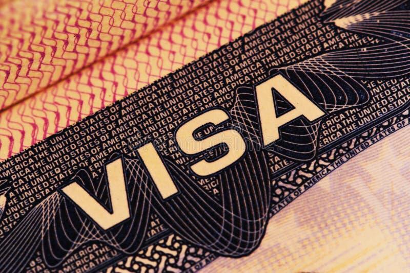 Visa américain sur un passeport photographie stock