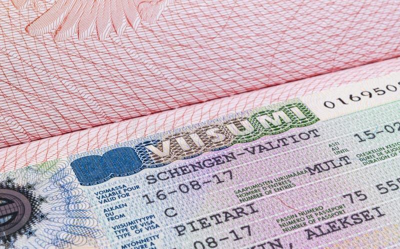 Visa de Shengen del consulado finlandés Clse encima de la visión Tiro macro fotos de archivo