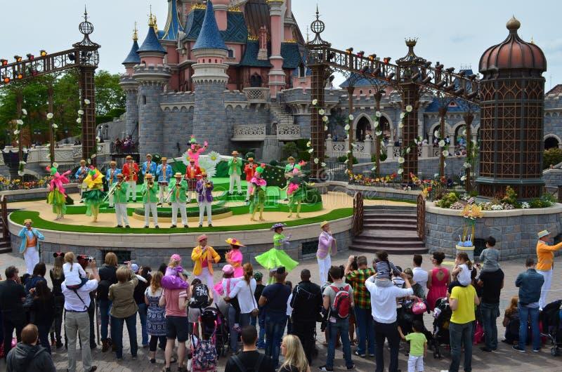 Visa konstnärer på Disneyland i Paris arkivfoton