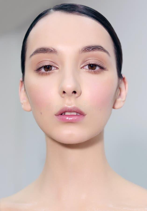 Visage d'en de portrait, maquillage naturel images libres de droits