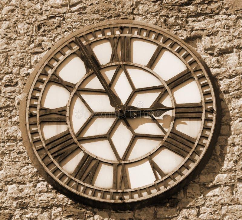 Download Visage d'horloge de sépia photo stock. Image du grand, analogique - 727512